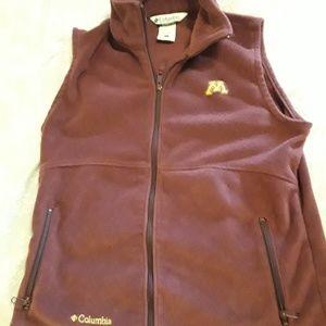 U of Minnesota  womans Columbia fleece vest size L